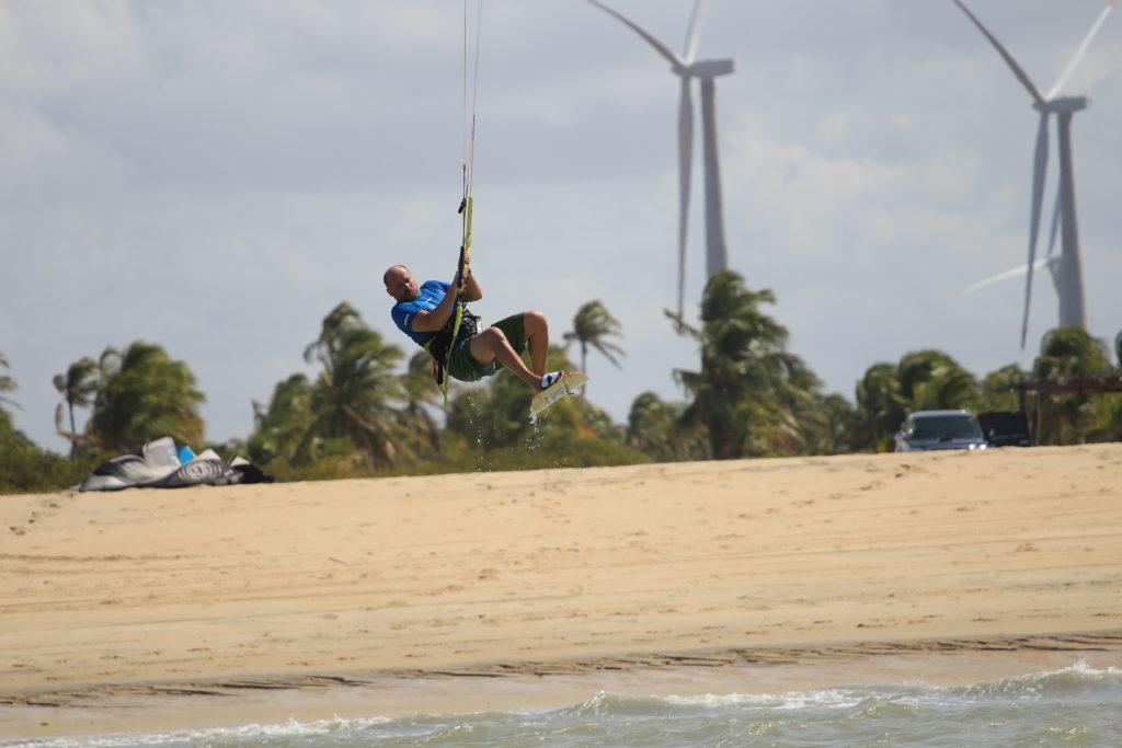 Kitesurfing. Jak skakać wysoko.