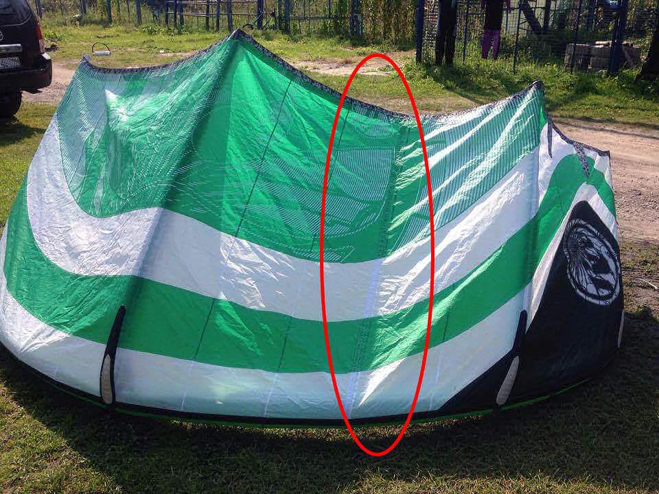 Kitesurfing: długa łata wzdłóż tuby poprzecznej latawca