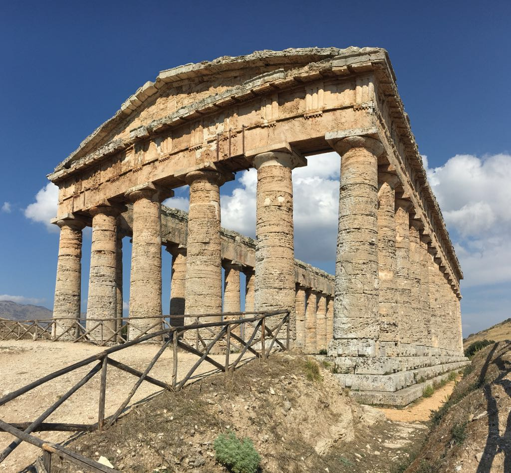 Starożytna świątynia w Segeście