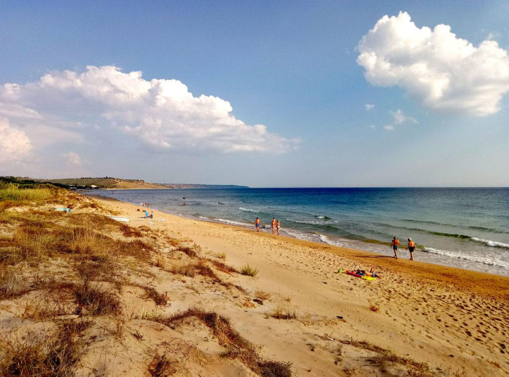 Plaża Lido Fiori obok Port Palo