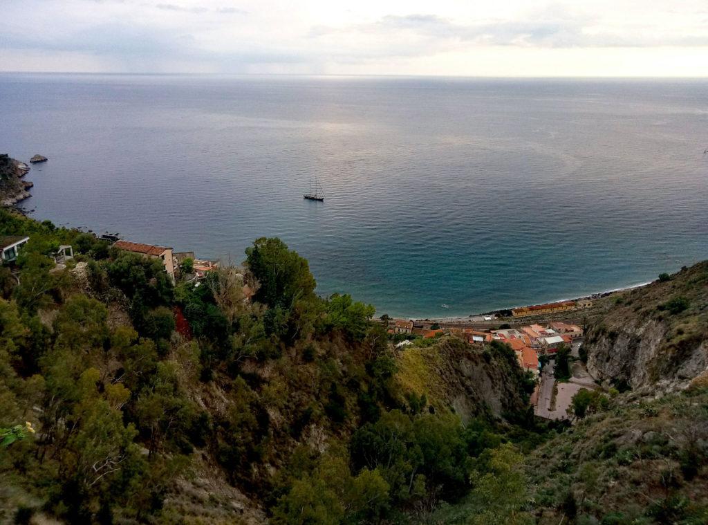 Zatoka poniżej Taorminy