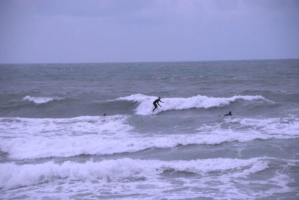 Taghazout w Maroku, surferzy