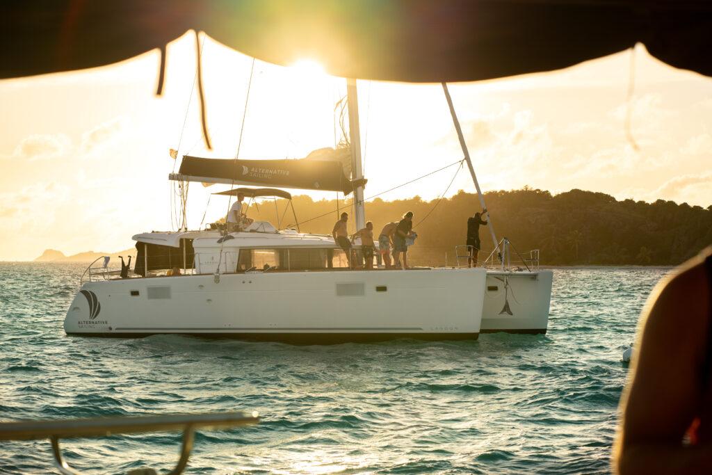 Podróż katamaranem po Karaibach zapewnia komfort i wolność przemieszczania
